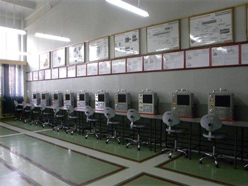 Pracownia programowania CNC ze sterowaniem HAAS